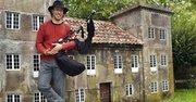 Carlos Nuñez es un virtuoso de la gaita, un instrumento milenario con versiones gallegas, irlandesas y escocesas