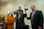 El 13 de abril de 2016 el Congreso otorgó la Medalla de Oro al servicio de los Borinqueneers, un destacamento de Infantería del Ejército de Estados Unidos integrado por soldados puertorriqueños que sirvieron en varias guerras. Por la noche, en un hotel de Washington, Goya Foods les hizo entrega de una réplica de la medalla a los ex soldados boricuas.
