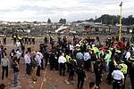 Treinta y seis muertos y 72 lesionados es, por el momento, el balance oficial de la tragedia ocurrida hoy en el municipio mexicano de Tultepec, donde seis explosiones desencadenaron el caos en un mercado de pirotecnia.