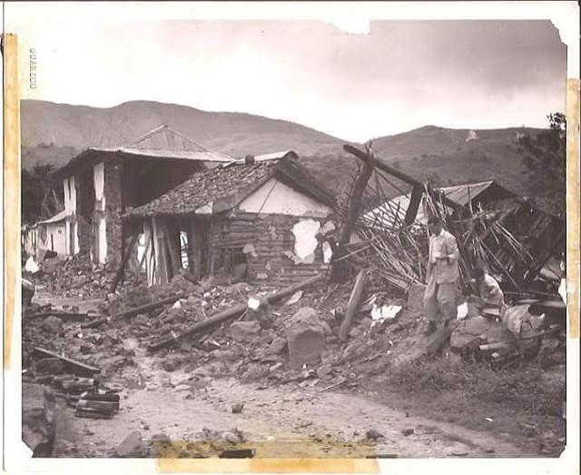 Las familias quedaron en la calle y los enseres fueron sacados de los escombros